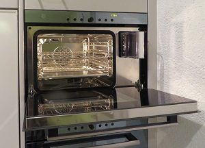 self-cleaning-oven-pros-cons