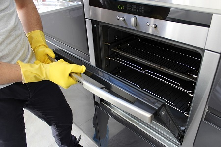 How To Ensure You Get The Best Oven Cleaning Service