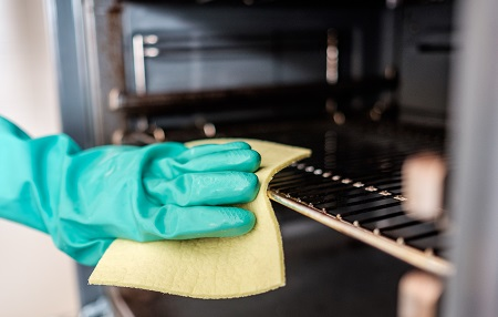 Why Oven Cleaning Experts Recommend Not Using The Self Clean Function